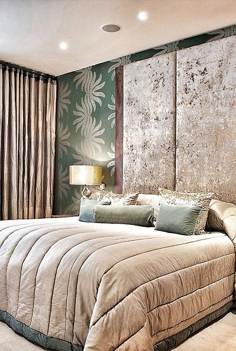 luxury master bedroom decorating